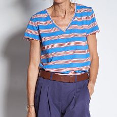 Multicolor striped v-neck t-shirt