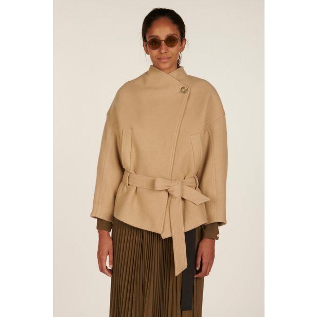 Wool jacket with belt