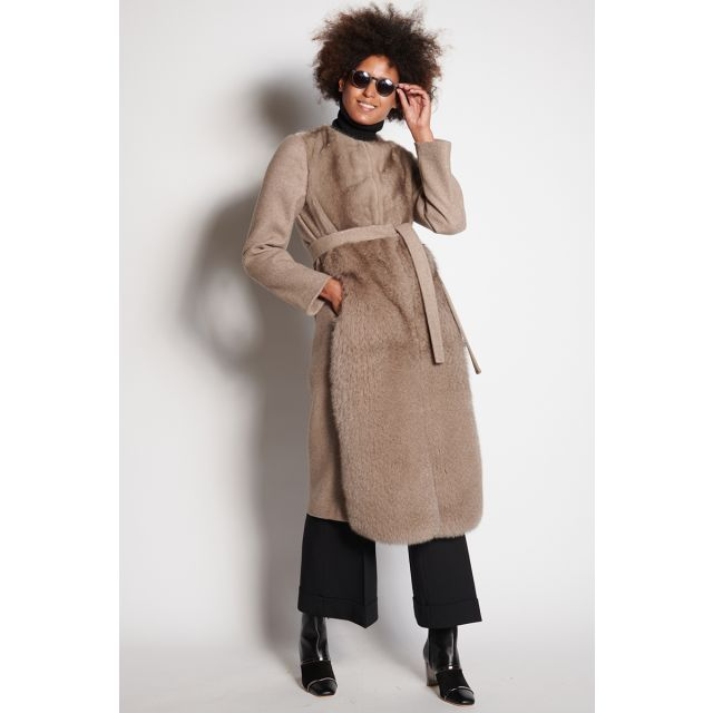 Taupe coat in wool cloth and mink fur