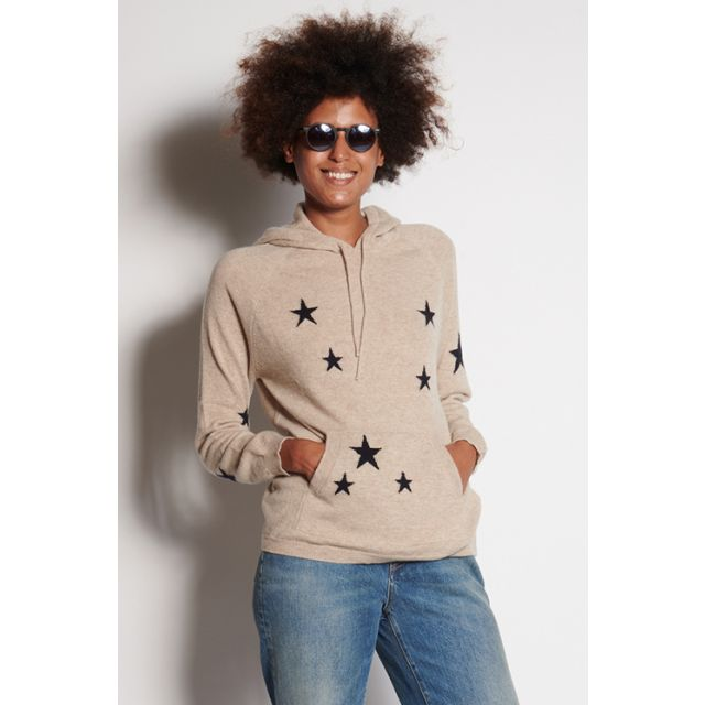 Hooded star sweater