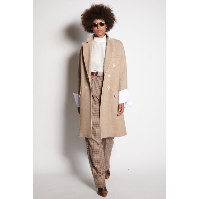Beige coat with cotton cuffs