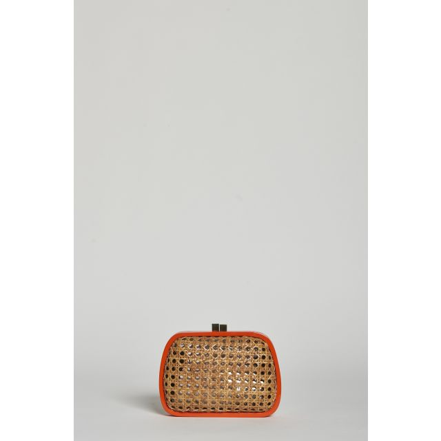 Straw clutch bag with orange outline