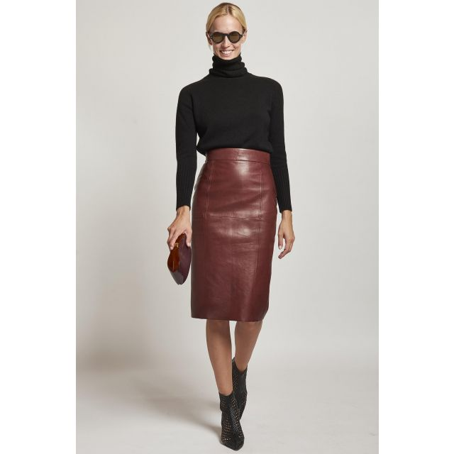 skirt in brown tube-shaped nappa leather