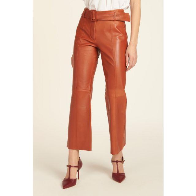 Pantaloni arancioni in pelle con cintura