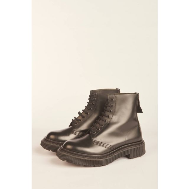 Lace-up black high boot