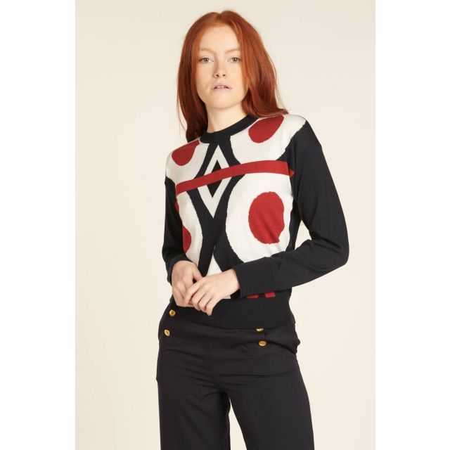Long-sleeve top with geometric pattern