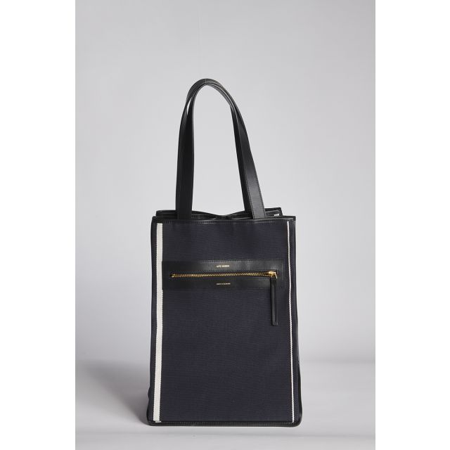 Shopping in canvas plus leather