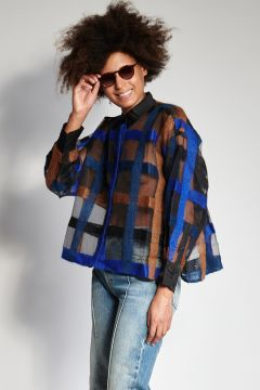 Camicia nera con ricami blu e cammello