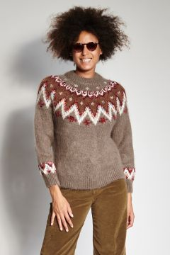 Brown sweater with decorations