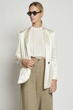 Unstructured white jacket