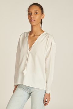 Poplin V-neck Shirt