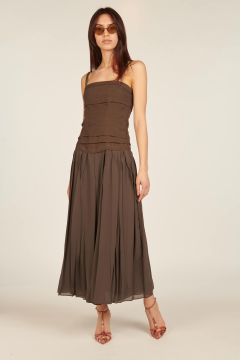 Long dress with pleated corset