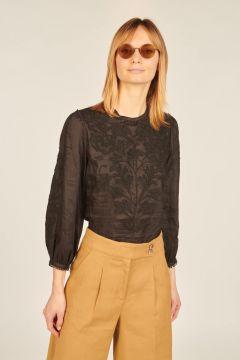 Embroidered Maryana black shirt
