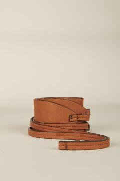 Belt with laces