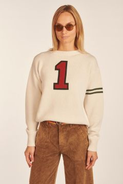 White sweater Numero 1