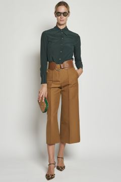 Brown cropped trousers