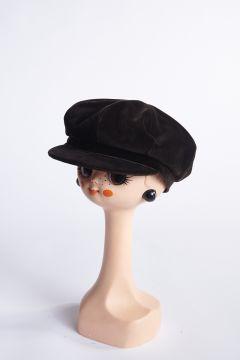 Brown velvet flat cap