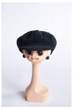 Black ribbed velvet flat cap