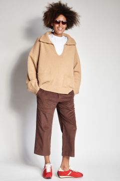Brown trousers with corduroy pockets
