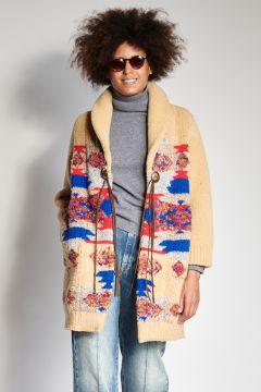 Jacquard coat with designs
