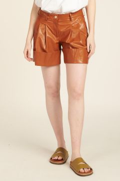 Jejia Shorts in Faux-Leather