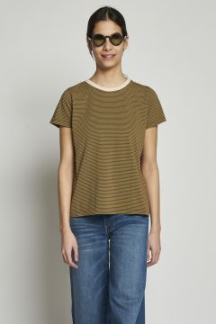 T-shirt with brown and green stripes