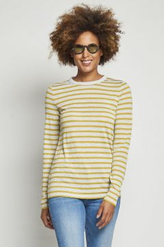 gray long sleeve t-shirt with yellow stripes