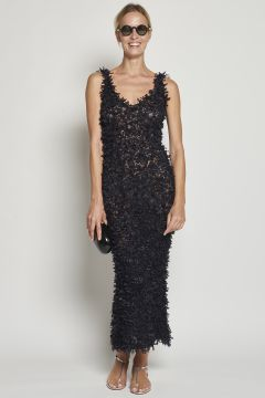 Close-fitting black dress