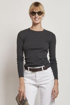 long-sleeved grey cotton sweater