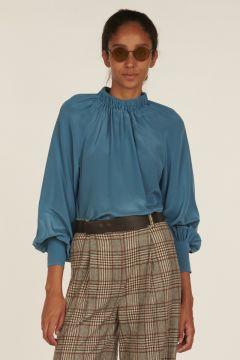 Light-blue long-sleeves shirt