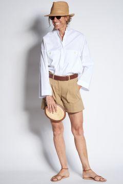 Shorts beige con risvolto