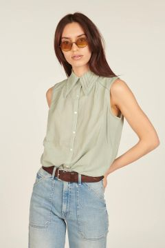 Camicia verde senza maniche