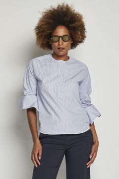 round neck cotton shirt with small stripe