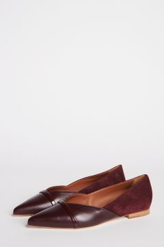 Pointed toe ballerina in burgundy leather and suede