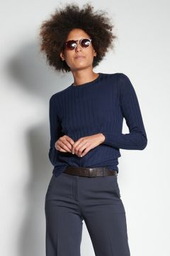 Blue ribbed crew neck sweater