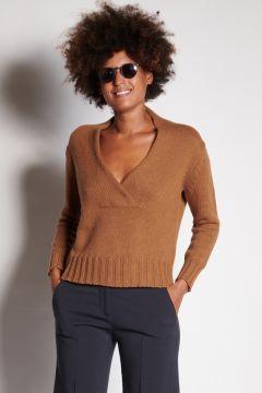 Deep V-neck burnt sweater
