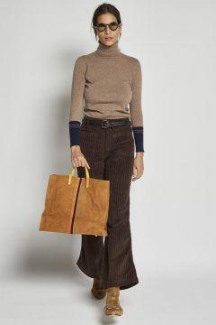 pantalone marrone in velluto con taschine