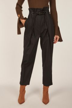 Origami pleats trousers