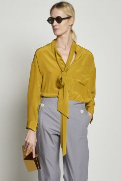 Yellow silk shirt with knot