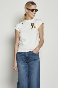 White t-shirt with embroidered flower