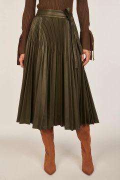 Faux leather plissè skirt