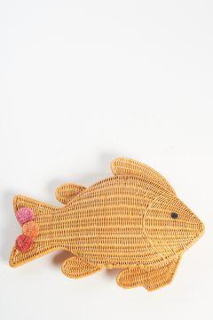 Straw fish clutch