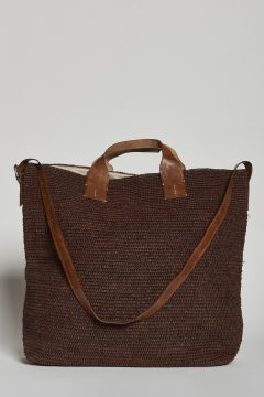 Brown handbag or with raffia shoulder strap