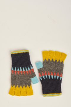 Patterned yellow gloves