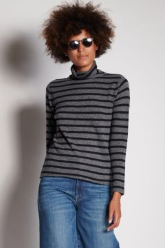 Turtleneck with gray and black stripes