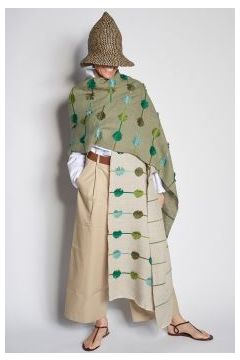 Stole with embroidered leaves