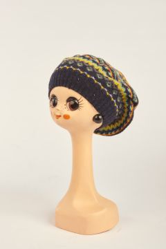 Patterned yellow beret