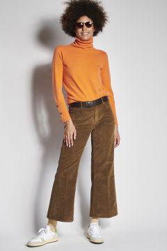 Pantaloni tabacco a zampa in velluto liscio