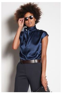 Blue sleeveless shirt with scarf