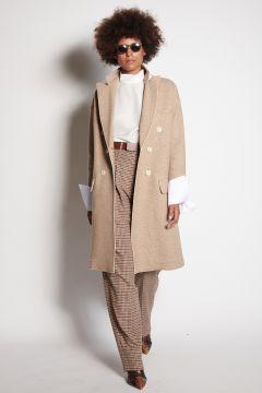 Beige coat with cotton cuffs